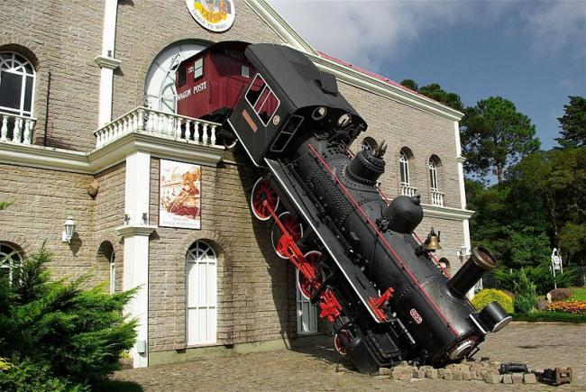 Фото прикол  про потяги