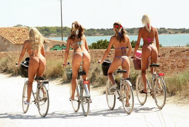 Фото прикол  про сідниці та велосипедистів