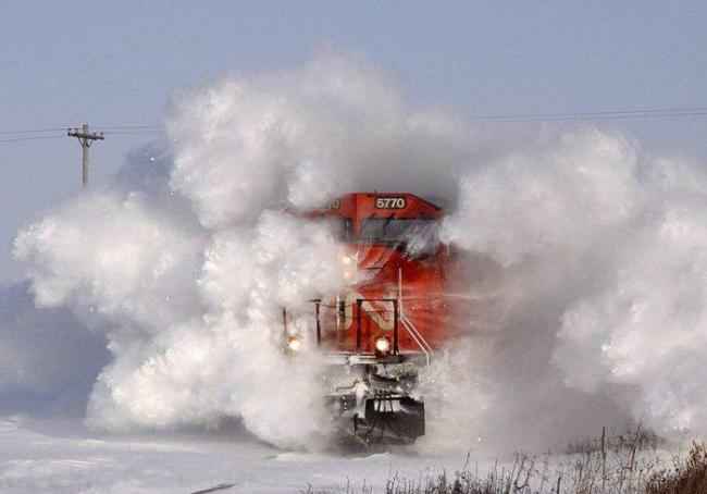 Фото прикол  про потяги та зиму