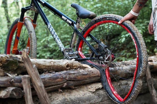 Фото прикол  про велосипед чорний
