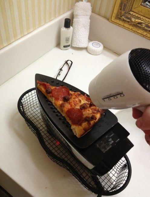 Фото прикол  про приготування їжі та праску