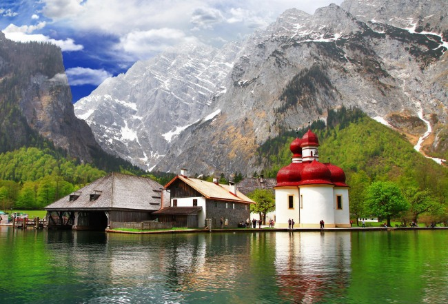 Фото прикол  про гори та церкву