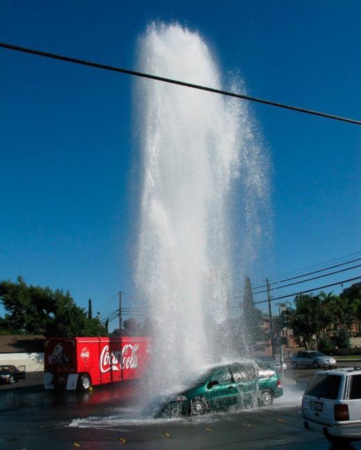Фото прикол  про воду та автомобілі