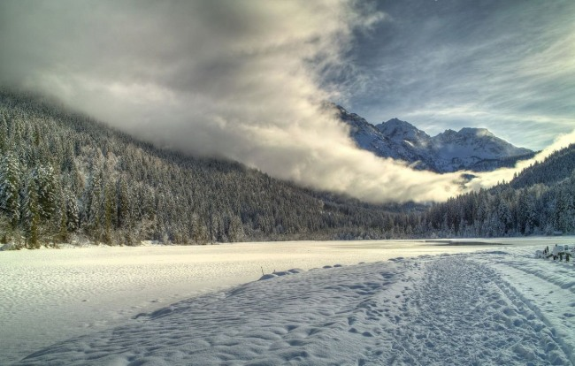 Фото прикол  про зиму та хмари