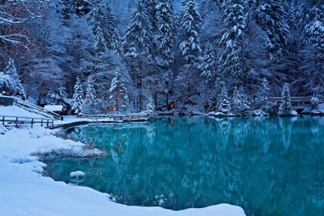 Фото прикол  про озеро та зиму