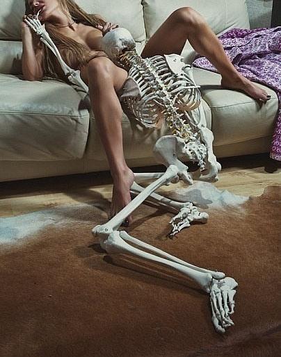 Фото прикол  про скелет, оргазм, інтимний, чорний вульгарний
