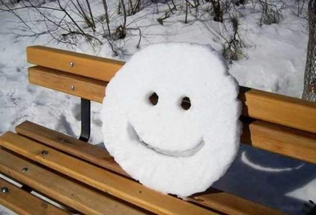 Фото прикол  про усмішку та сніг