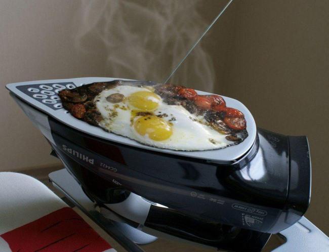 Фото прикол  про праску та приготування їжі