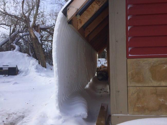 Фото прикол  про дах та сніг