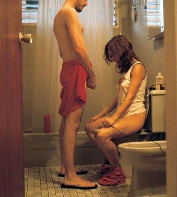 Фото прикол  про сечовипускання вульгарний