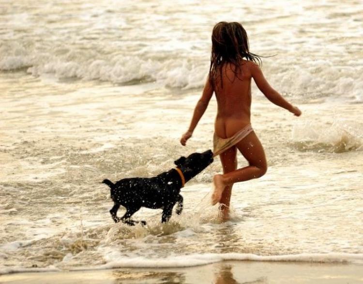 Фото прикол  про дітей, собак та дупу