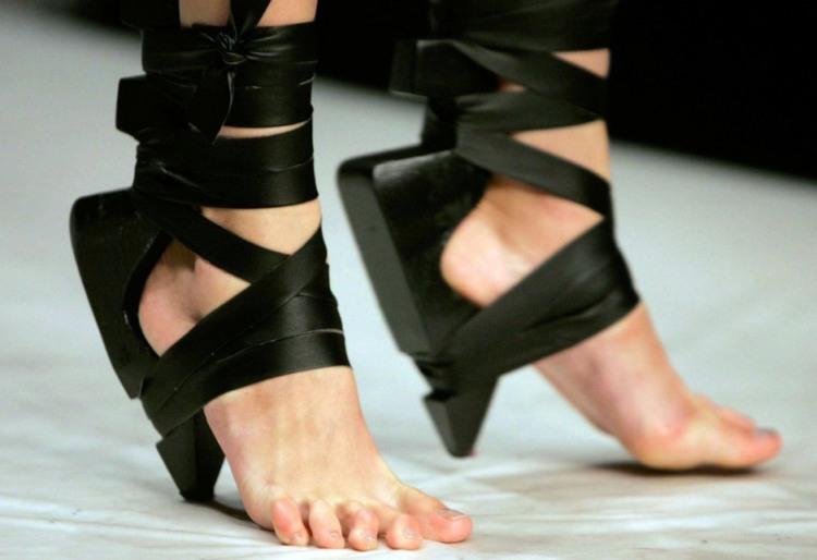 Фото прикол  про взуття