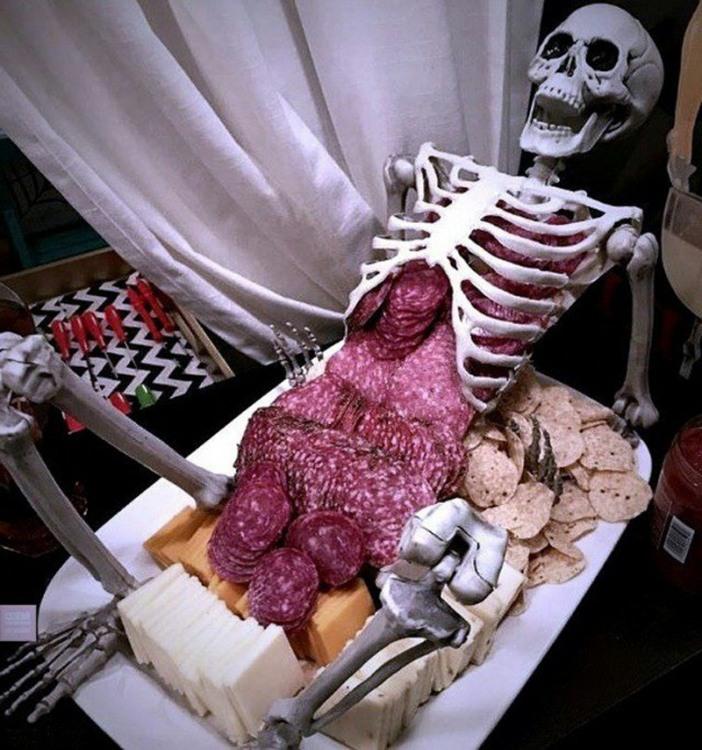 Фото прикол  про скелет, їжу чорний