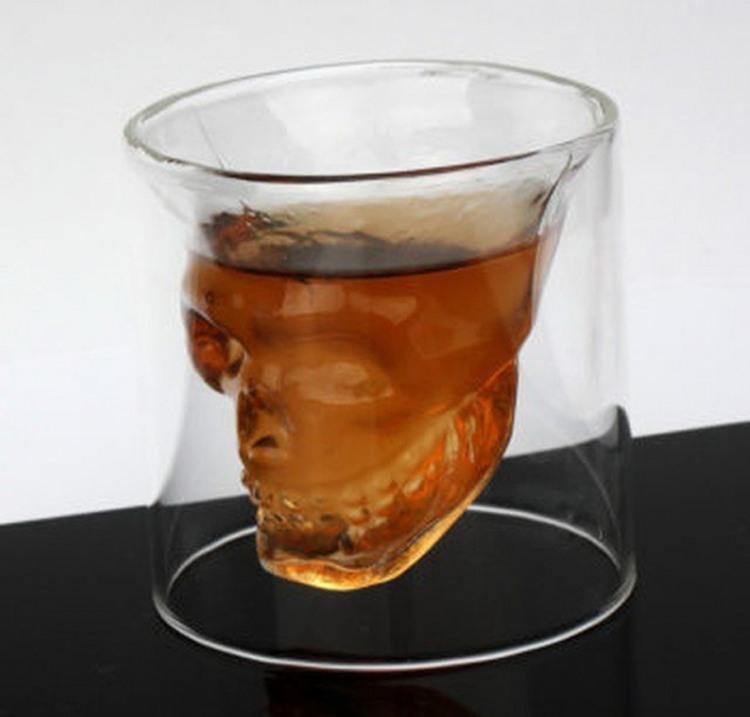 Фото прикол  про череп та склянку