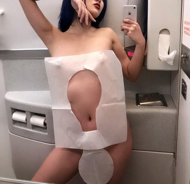 Фото прикол  про туалет, еротику, селфі вульгарний