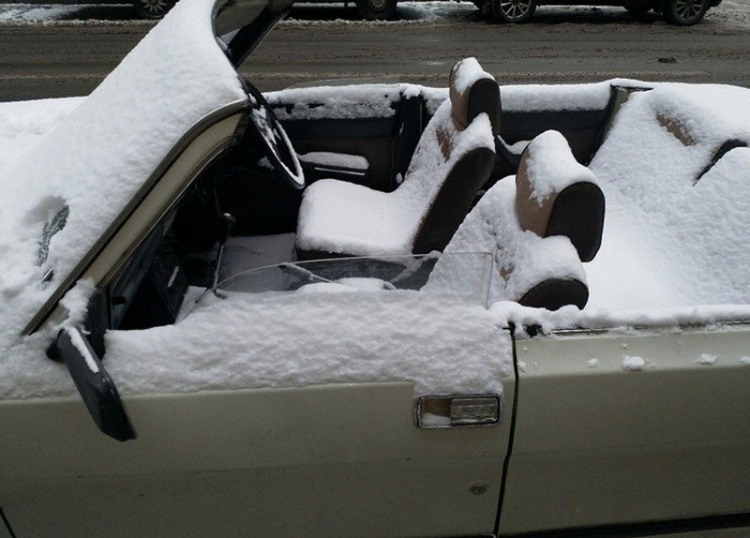 Фото прикол  про автомобілі та сніг