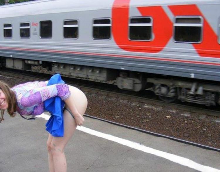 Фото прикол  про дупу, потяги вульгарний