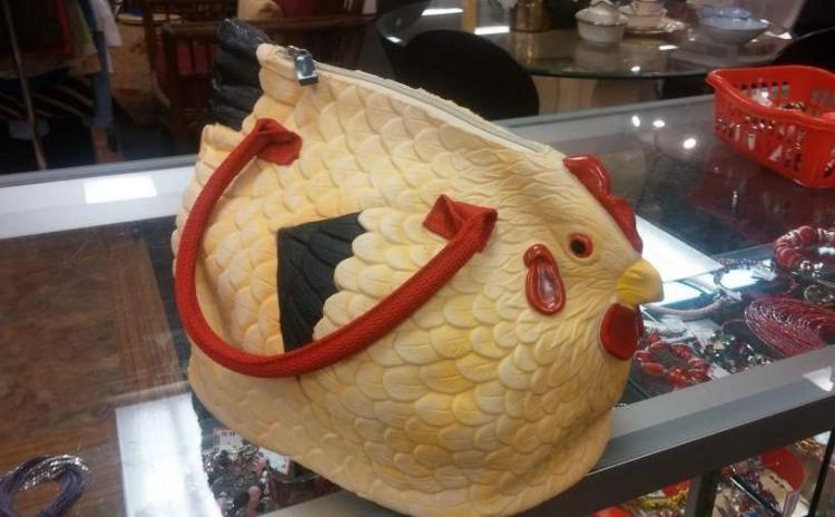 Фото прикол  про жіночу сумочку