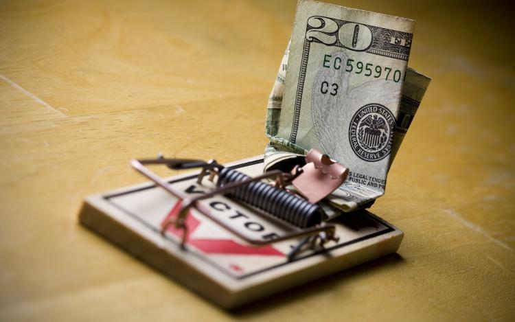 Фото прикол  про мишоловку та гроші