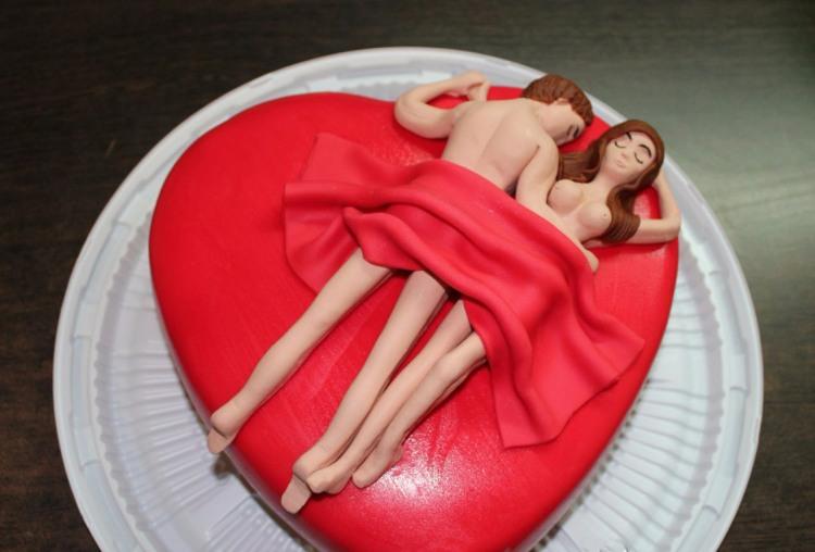 Фото прикол  про торт, інтимний вульгарний