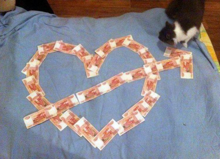 Фото прикол  про серце та гроші