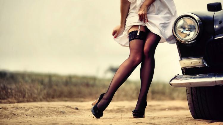 Фото прикол  панчохи про спокушання вульгарний