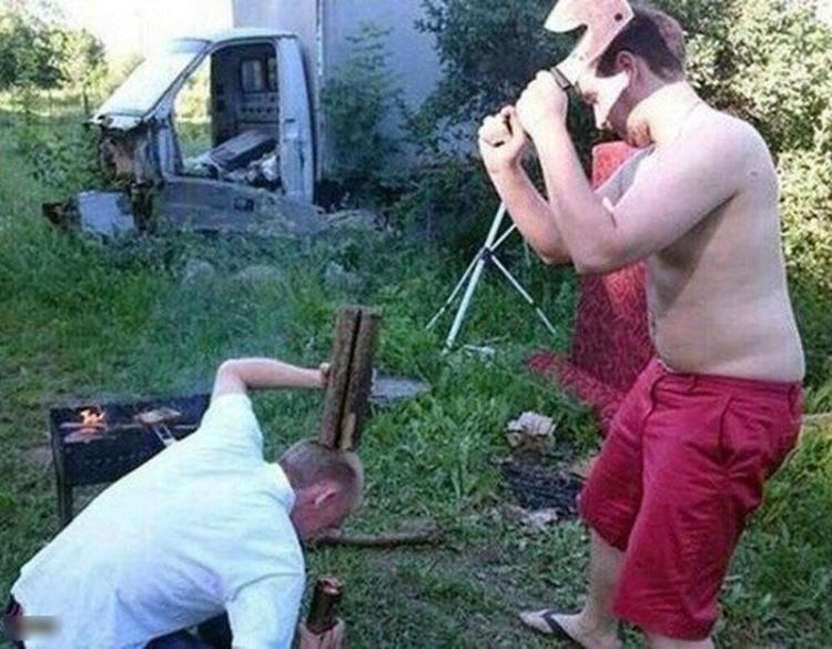 Фото прикол  про дрова та ідіотів