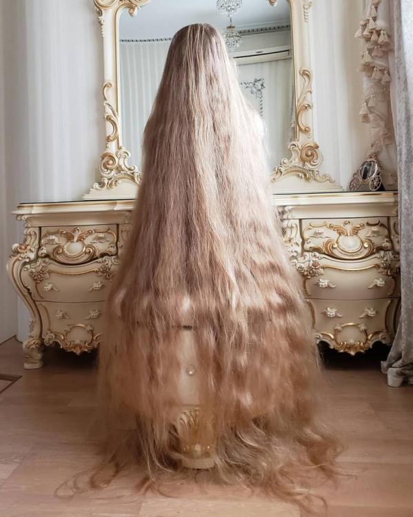 Фото прикол  про волосся та білявок