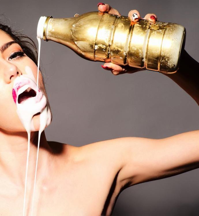 Фото прикол  про молоко та спокушання