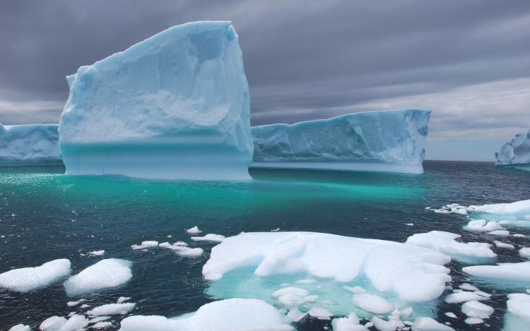 Фото прикол  про айсберг