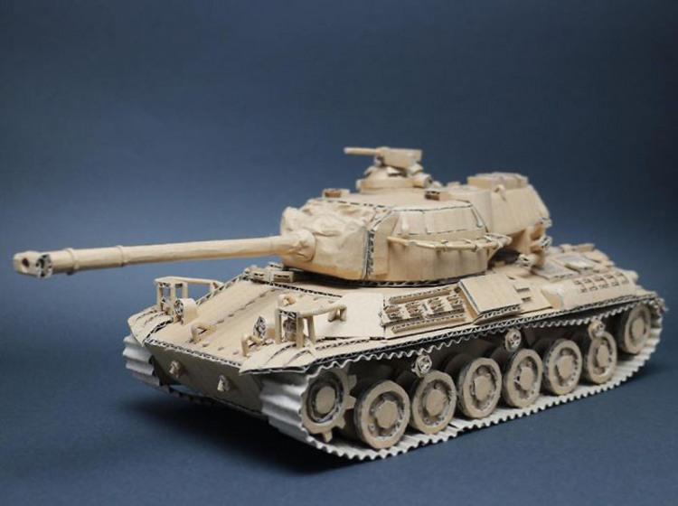 Фото прикол  про танк та картон