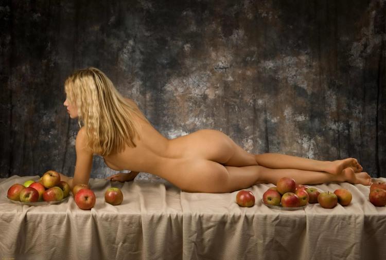 Фото прикол  про еротику, натюрморт вульгарний
