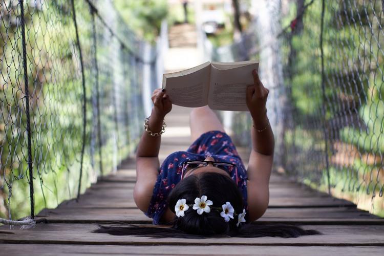 Фото прикол  про читання