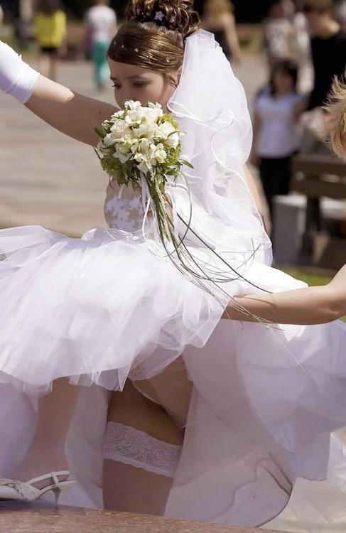 Фото прикол  про наречену, засвітила вульгарний