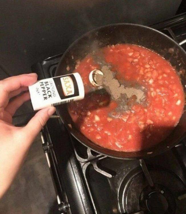 Фото прикол  про приготування їжі, перець чорний