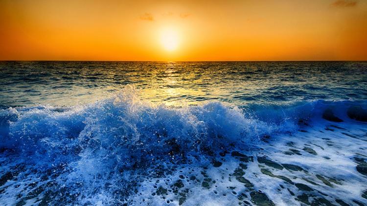 Фото прикол  про захід сонця та хвилю