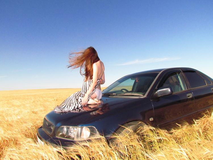 Фото прикол  про вітер, роздягання вульгарний