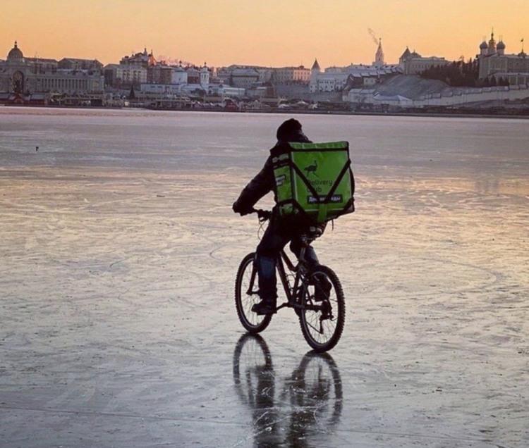 Фото прикол  про велосипедистів та лід