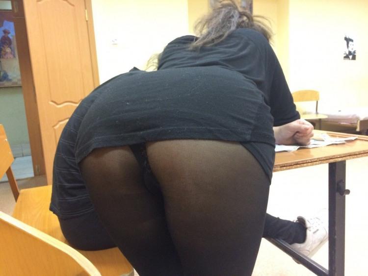 Фото прикол  про сідниці, засвітила вульгарний