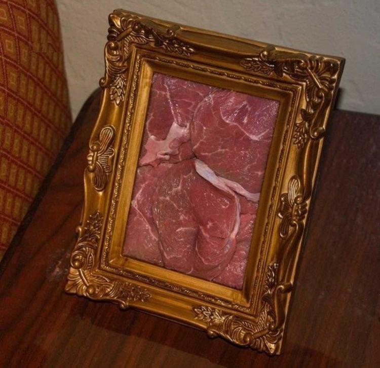 Фото прикол  про картини та м'ясо