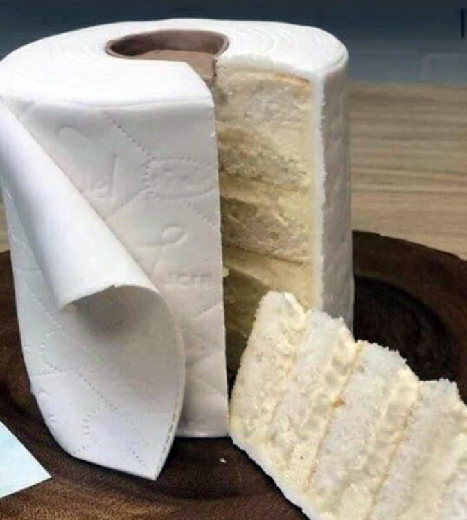 Фото прикол  про туалетний папір та торт