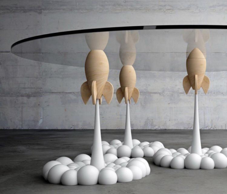 Фото прикол  про стіл