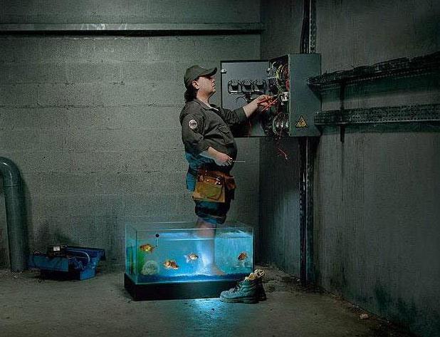 Фото прикол  про електриків чорний