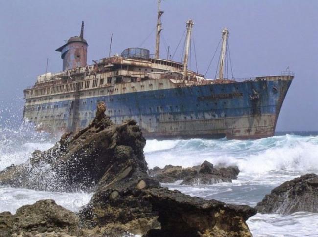 Фото прикол  про кораблі