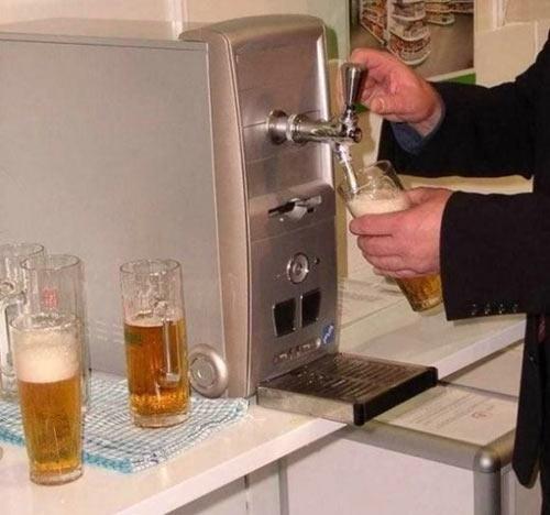 Фото прикол  про комп'ютери та пиво