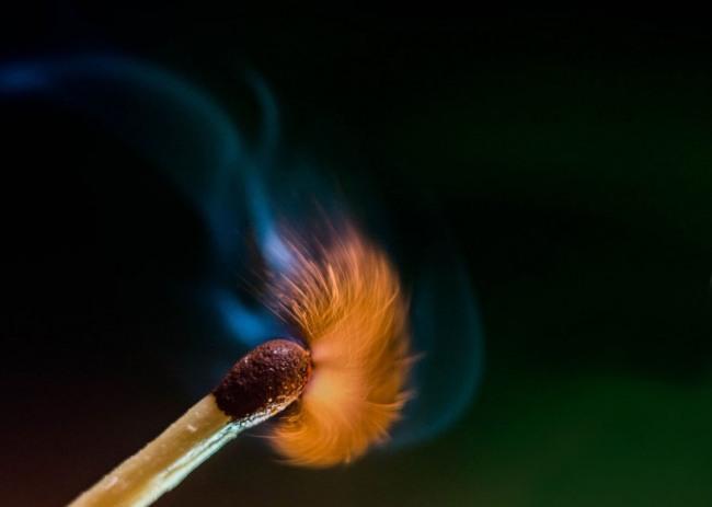 Фото прикол  про вогонь та сірники