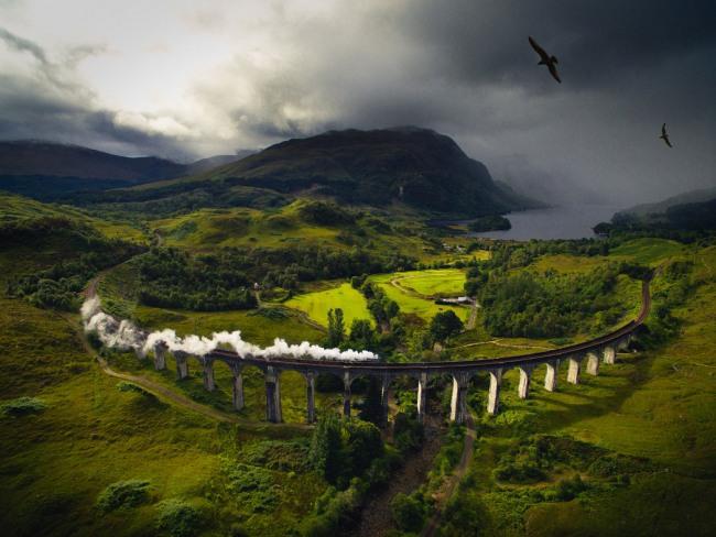 Фото прикол  про міст та потяги