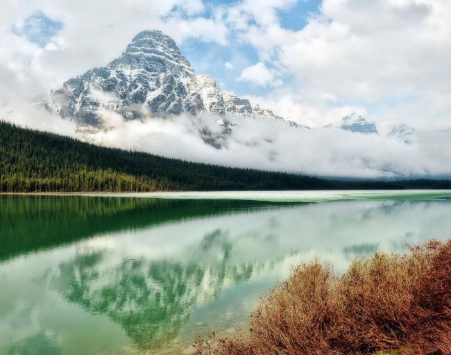 Фото прикол  про озеро та гори