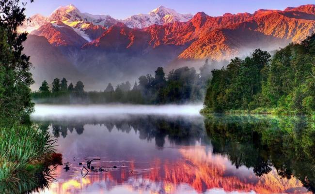 Фото прикол  про гори, озеро та ранок